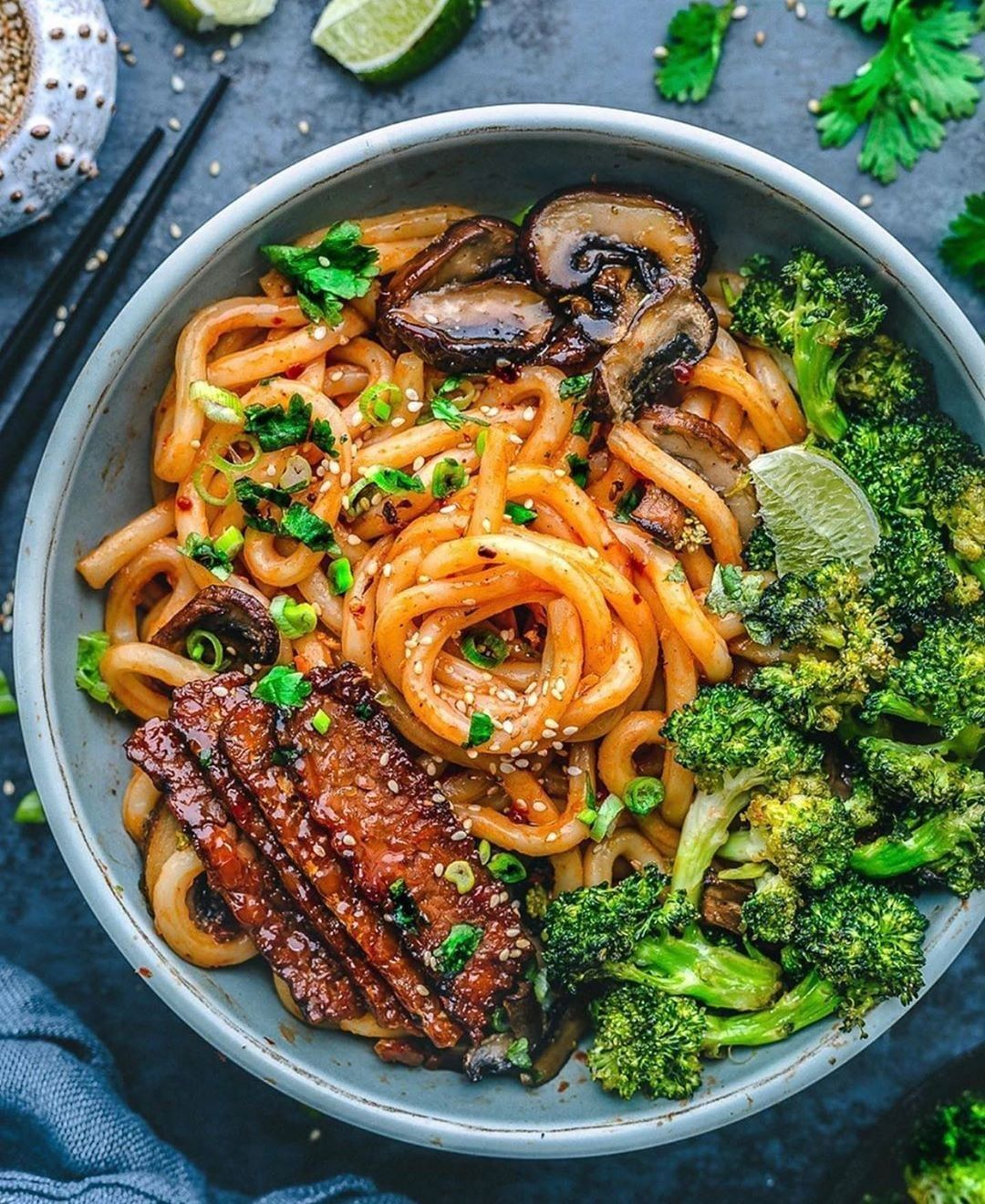 udon noodle and veggie bowl display image  66138fae