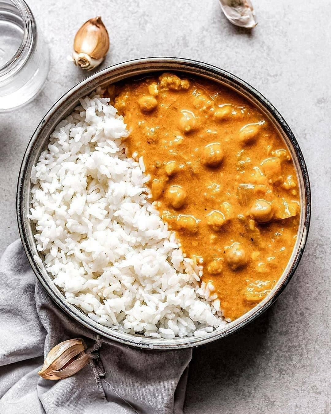 creamy red curry with rice  this dish uses a lot of stap display image  2c74d29a