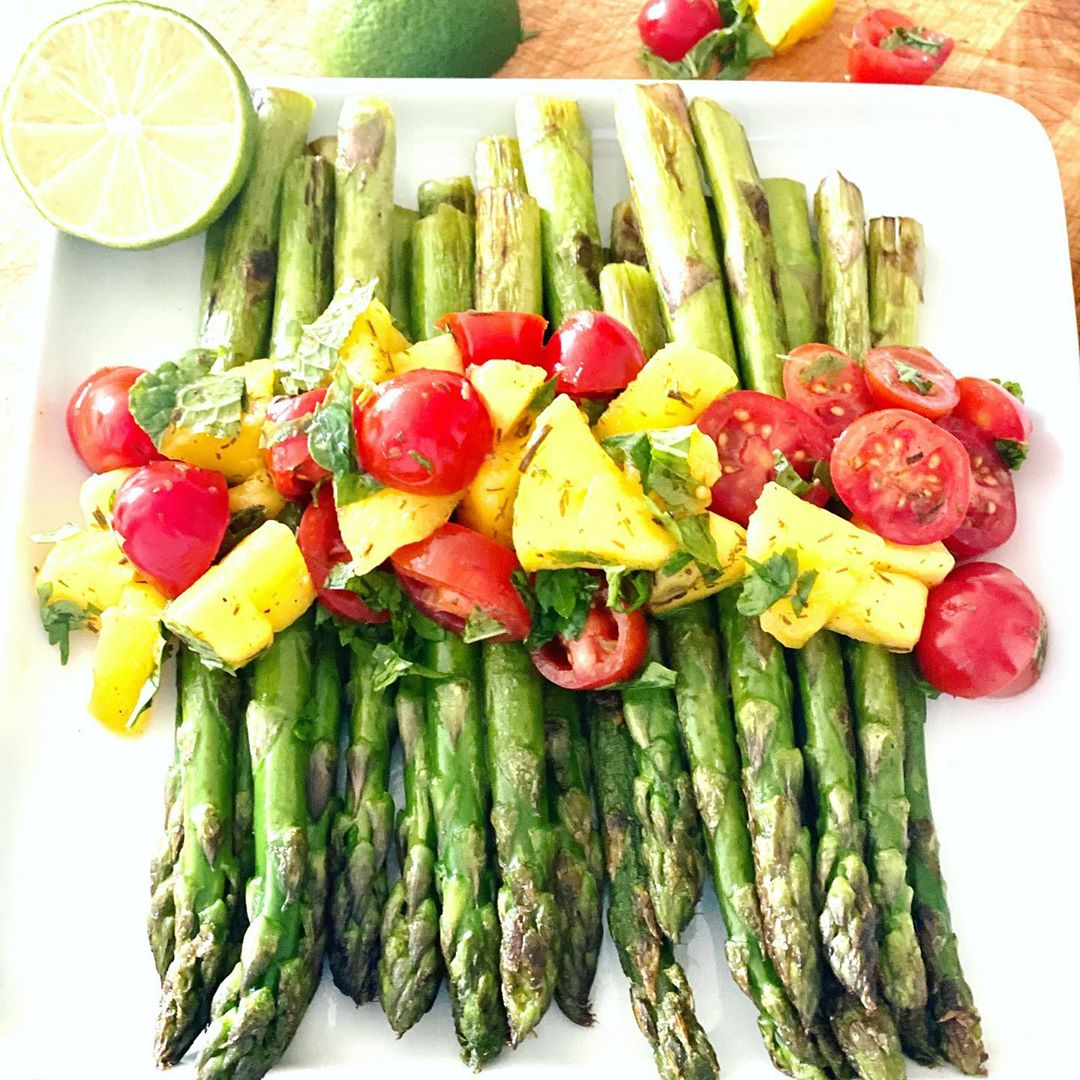 the perfect asparagus salad that is suitable for all kinds o display image  a61ef17c