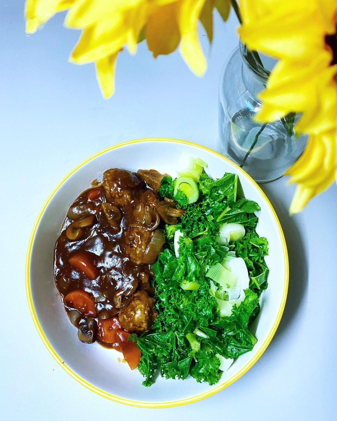 vegan beef and ale stew an easy student friendly cheap v display image  cc2fb889