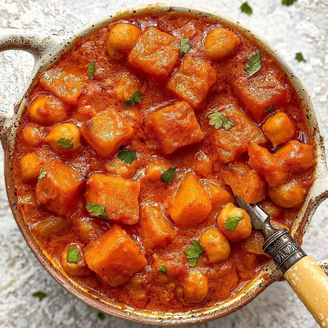 roasted butternut squash and chickpea curry by display image