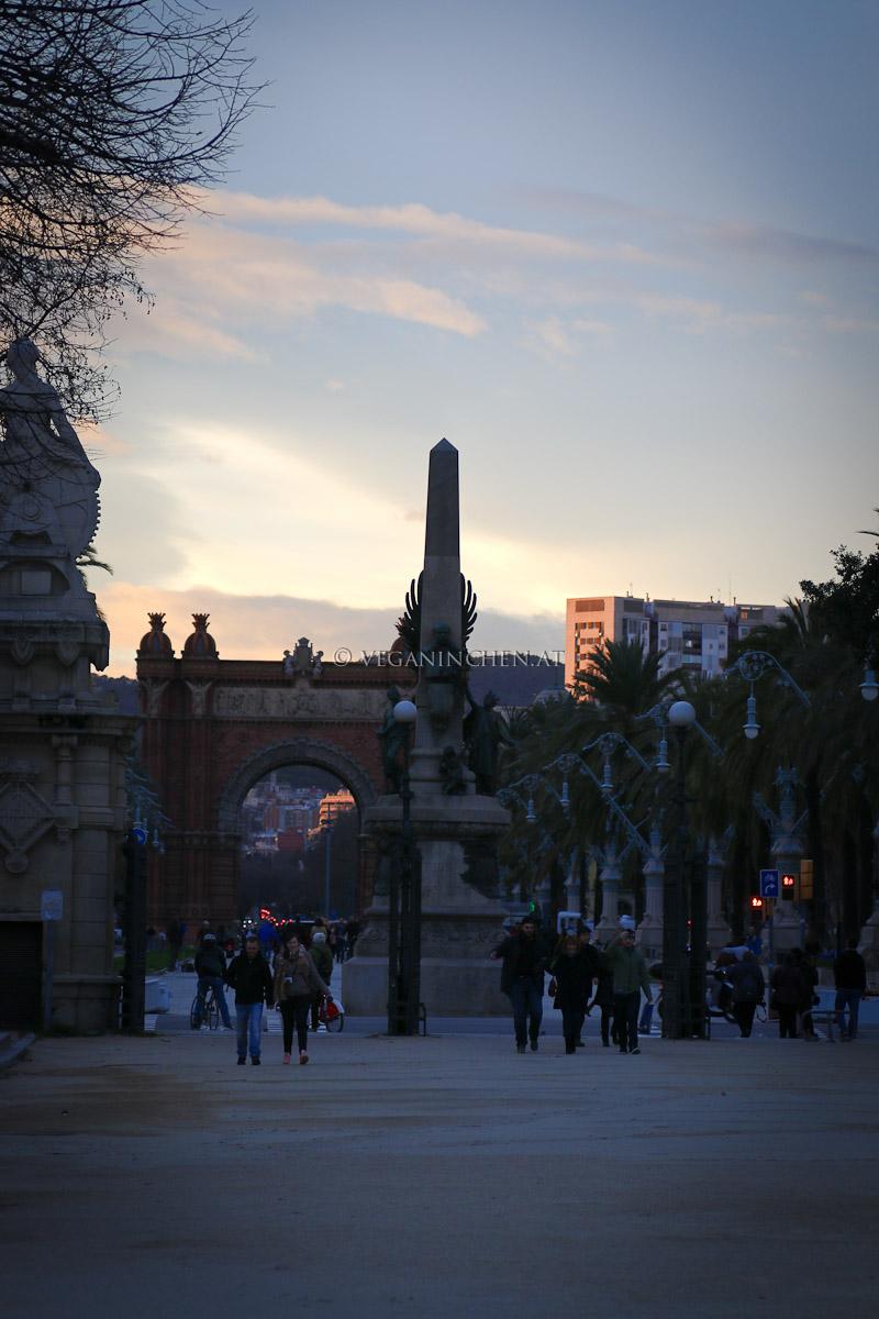 Arc de Triomf Barcelona veganinchen