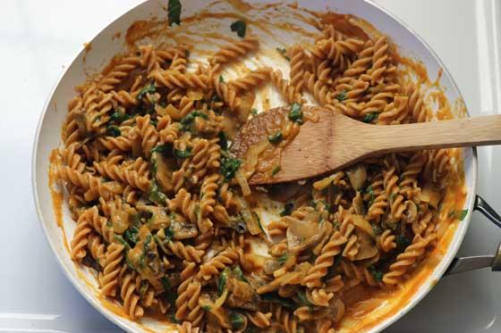 Creamy Vegan Pumpkin Pasta Sauce Recipe