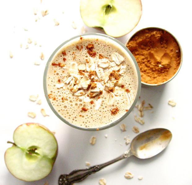 healthy apple crips smoothie veganprogram