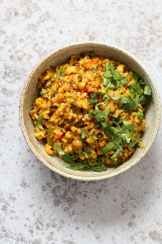 Instant Pot Black Eyed Peas Rice Pulao - Brown Rice Lobia Pulao. Black Eyes Peas and Rice cooked with spices and veggies. Saucepan option. #Vegan #Glutenfree #1Pot #Nutfree #Soyfree #instantpot #Recipe #VeganRicha | VeganRicha..com