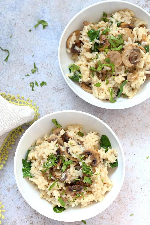 Instant Pot Mushroom Risotto. Easy Vegan Mushroom Risotto made in Instant Pot Pressure cooker. Saucepan option. #Recipe #soyfree #nutfree #vegan #glutenfree #veganricha #instantpot | VeganRicha.com