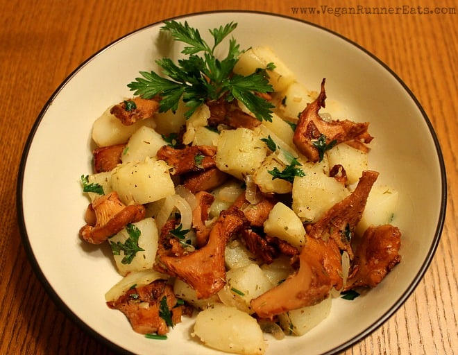 Chanterelle Stir-Fry with Potatoes and Herbs
