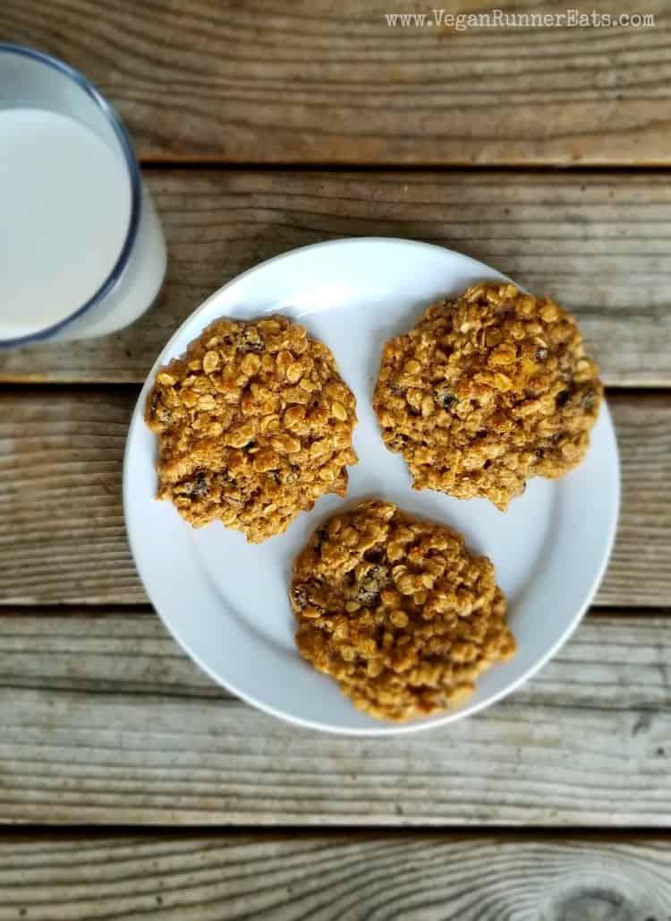 Healthy vegan oatmeal raisin cookies with aquafaba