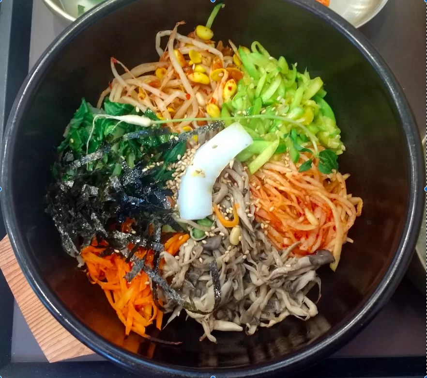 Dolsot bibimbap - famous South Korean food, easily made vegan by leaving out the egg or minced meat