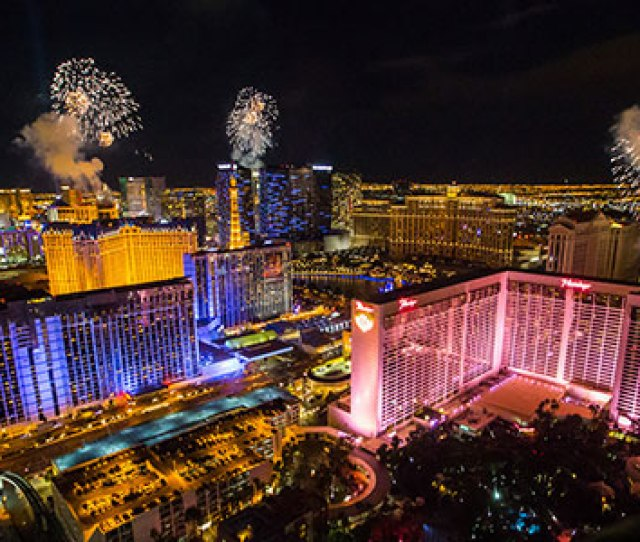 New Years Eve In Las Vegas The Mere Concept Can Make One Tingle With Anticipation At The Prospects Carte Blanche To Enjoy The Finest Drinking