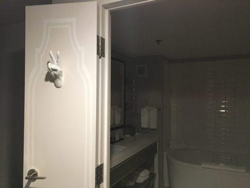 ph-reno-bathroom-door