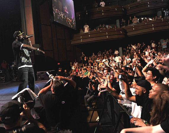 50 Cent performs to a packed house at The Pearl