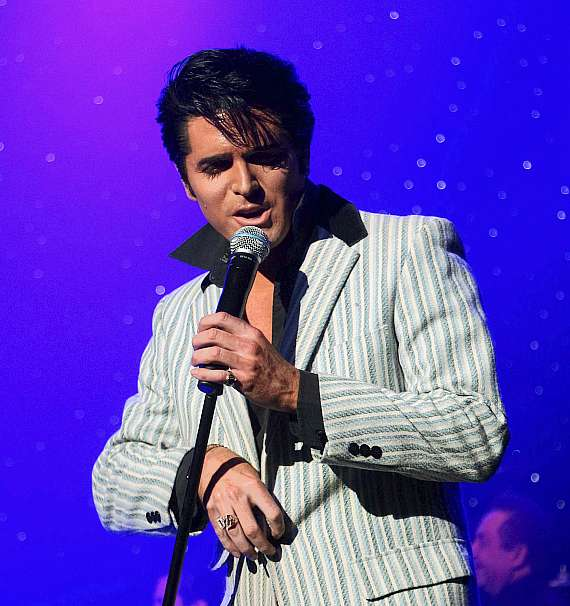 Dean Z. performs at Elvis Fest