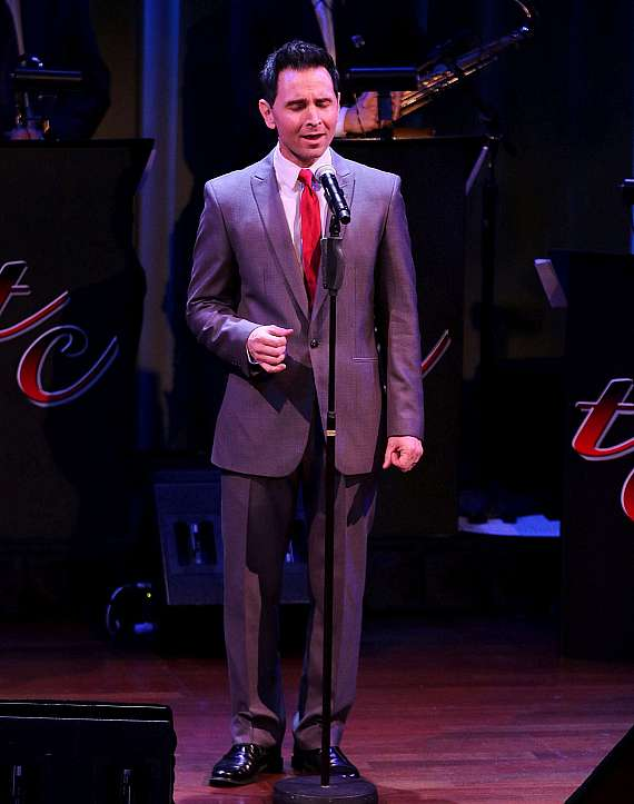 """Travis Cloer performs in """"Christmas at My Place"""" at The Smith Center in Las Vegas"""