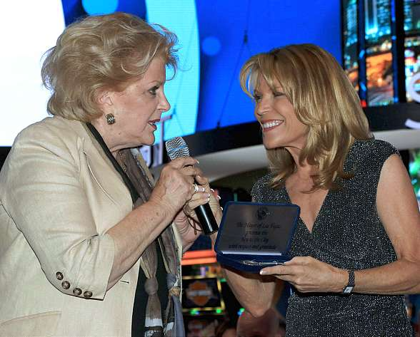 Vanna White Receives Key to City of Las Vegas at G2E in Honor of IGT's Wheel of Fortune Slots 20th Anniversary
