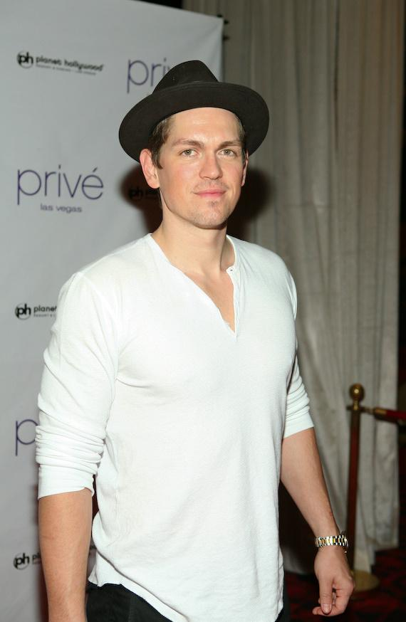Steve Howey at Privé