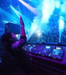 "Swedish DJ sensation Alesso spins at LIGHT Nightclub's ""Lift Off"" celebration of 2014"