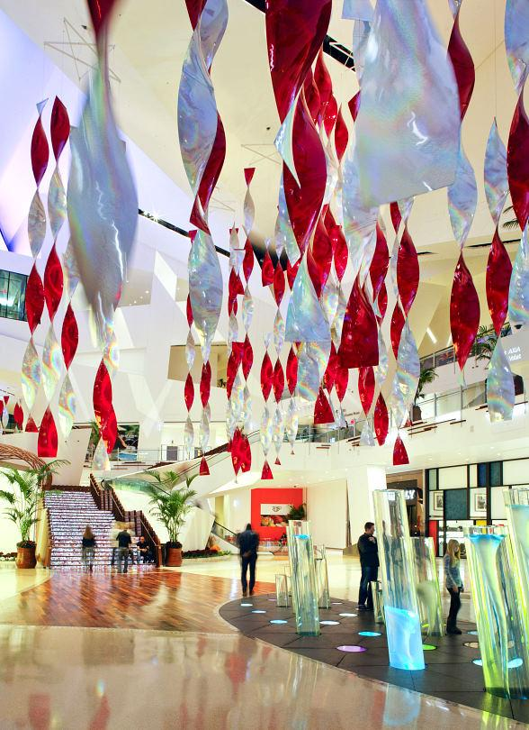 Vegas' Crystals at CityCenter Celebrates Holidays, Opens Eight New Luxury Brands.