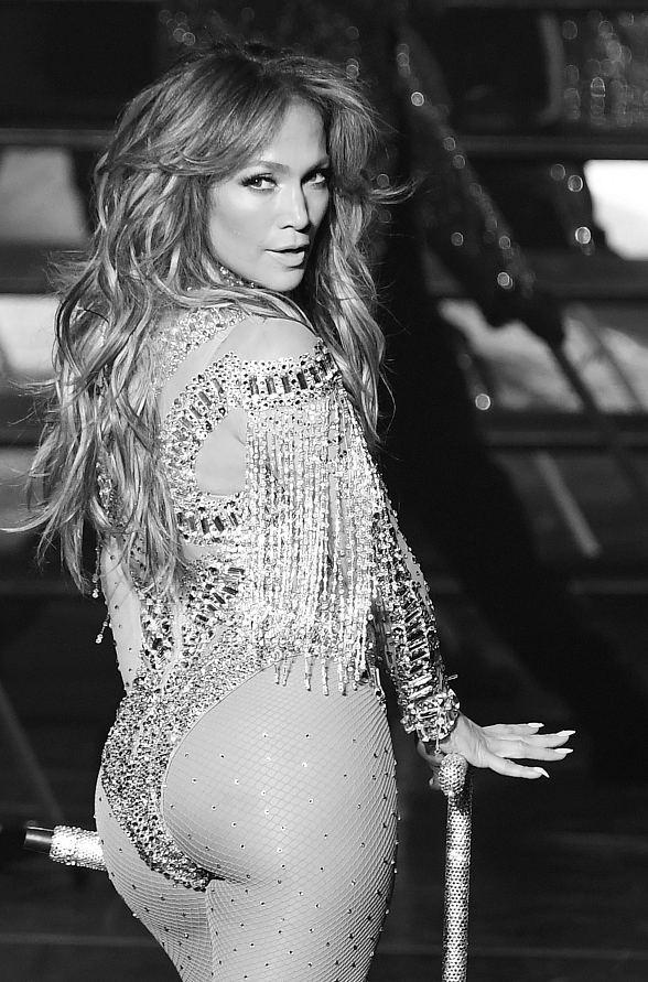 """Jennifer Lopez's Sold-Out Return of """"Jennifer Lopez: All I Have"""" at The AXIS at Planet Hollywood Resort & Casino Brings in the Stars"""