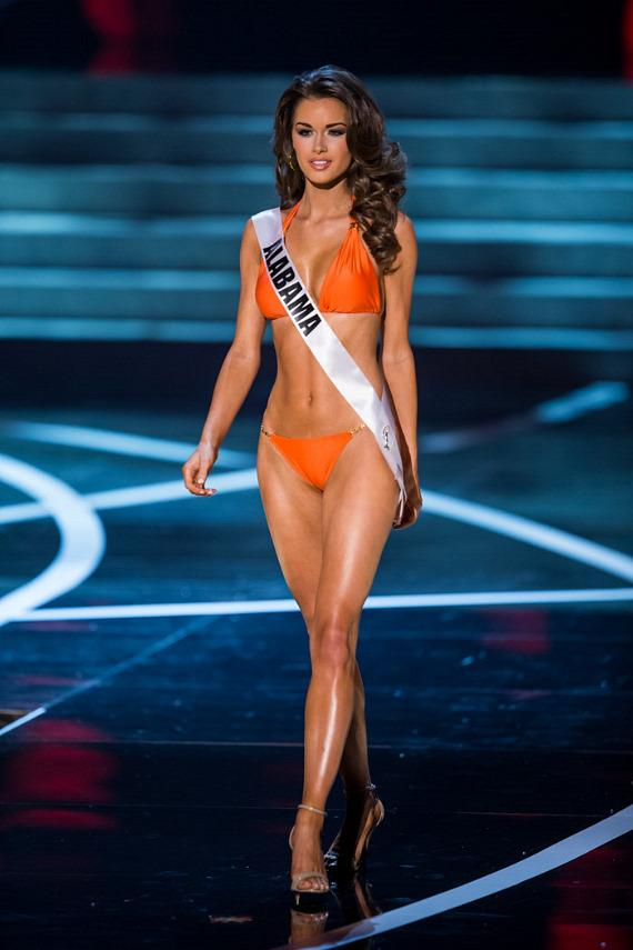 Miss Alabama in Miss USA 2013 swimsuit competition