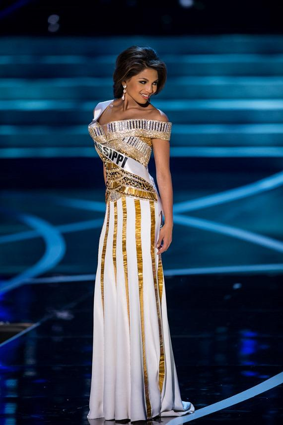 Miss Mississippi in Miss USA 2013 evening gown competition
