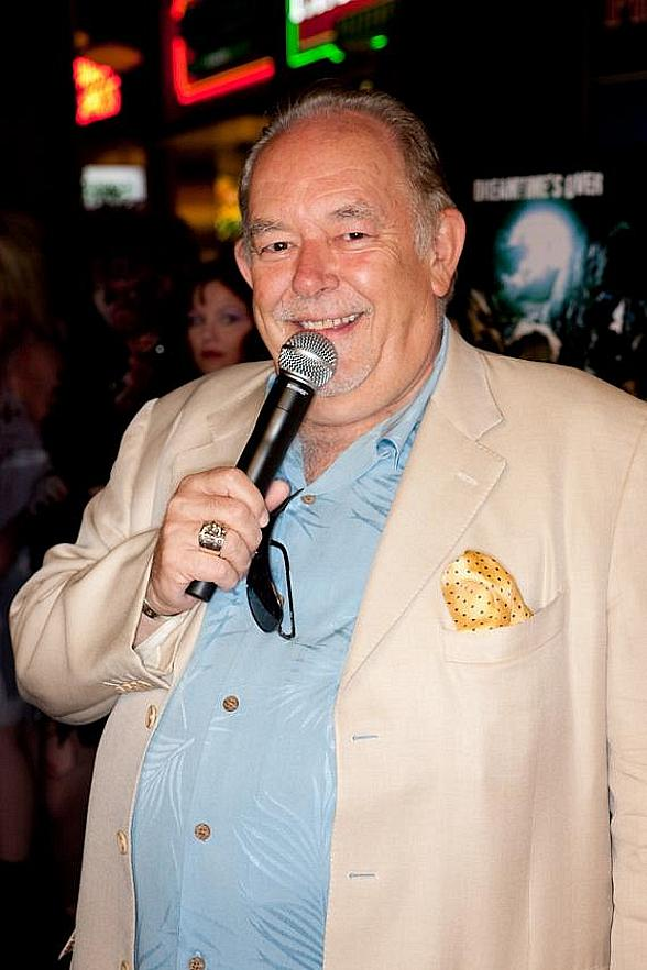 """Mike Hammer and Brian Shapiro to Launch New CBS Sports Radio show """"The Vegas Take"""" with Special Guest Entertainment Journalist Robin Leach on July 9th"""