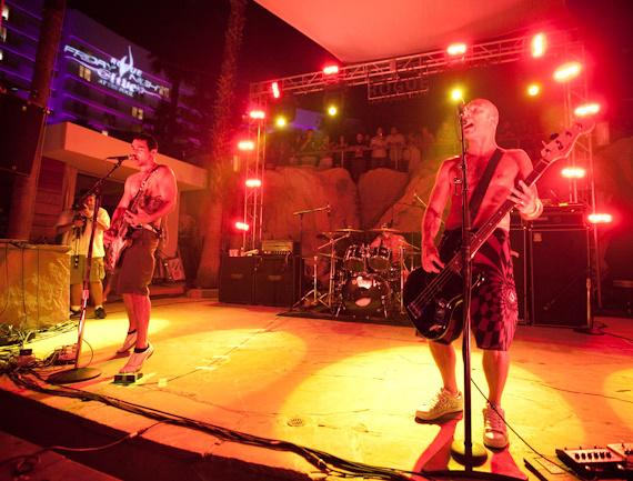 Pepper Performs at The Pool at Hard Rock Hotel
