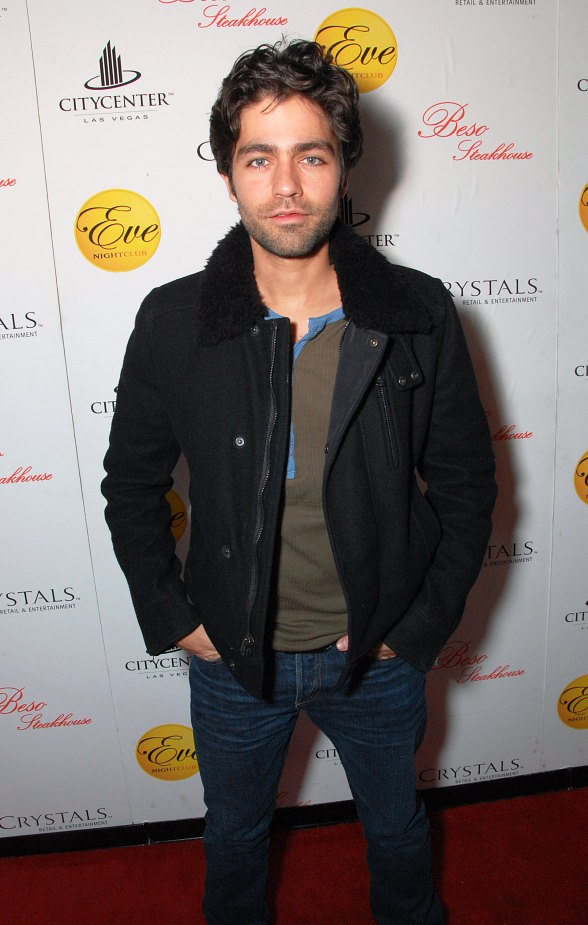 Adrian Grenier Dines at Beso Steakhouse in Las Vegas