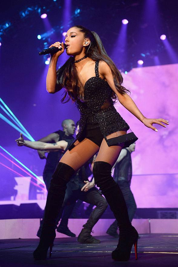 """Ariana Grande Brings """"The Honeymoon Tour"""" to Mandalay Bay Events Center August 29"""