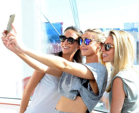 Whitney Port and friends take selfies on the High Roller at The LINQ in Las Vegas
