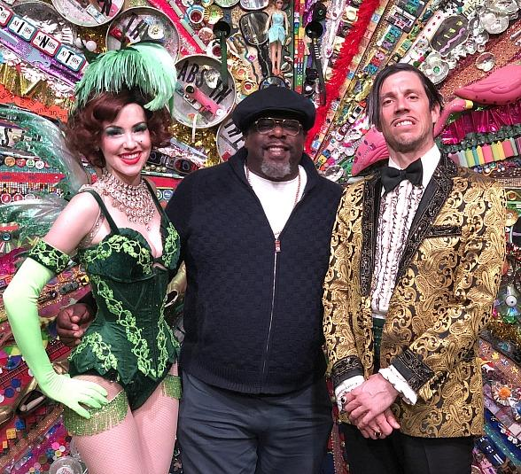 Cedric the Entertainer Attends ABSINTHE at Caesars Palace Las Vegas