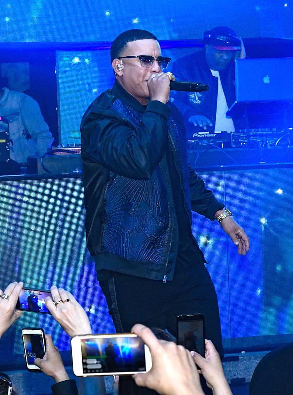 "Daddy Yankee Celebrates Big Win for ""Despacito"" With a Special Performance at LIGHT Nightclub in Las Vegas"