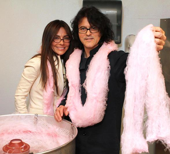 Actress Vanessa Marcil gets a personal cotton candy-making lesson from Kerry Simon