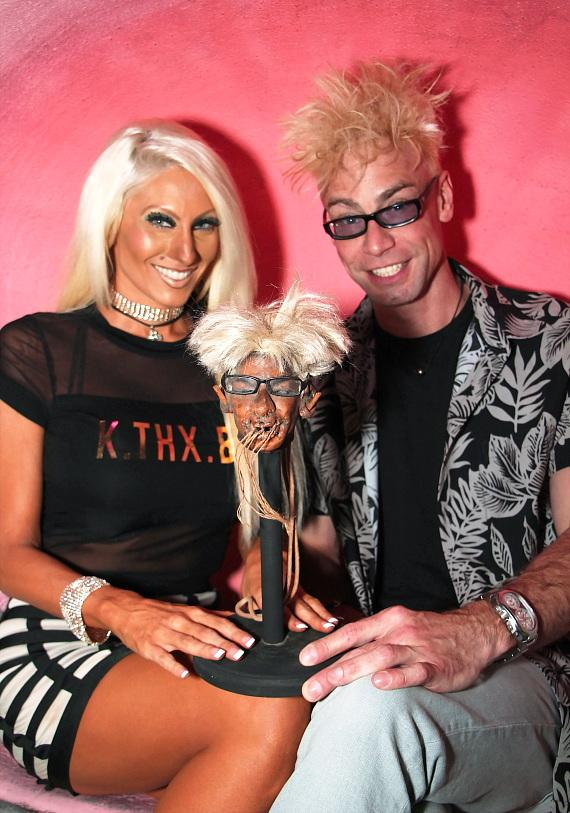Murray SawChuck's shrunken head reveal at The Golden Tiki in Las Vegas