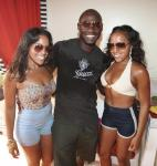Antonio Tarver partying with friends at Encore Beach Club