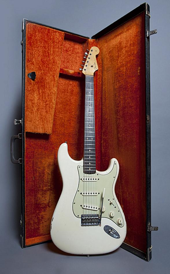 Jimi Hendrix's 1963 Fender Stratocaster Guitar to be Auctioned at Circus Couture Event