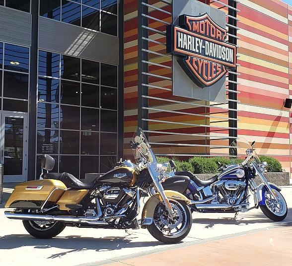 """Las Vegas Harley-Davidson to Electrify Las Vegas Blvd with Their First """"Red, White & Blues Party"""""""