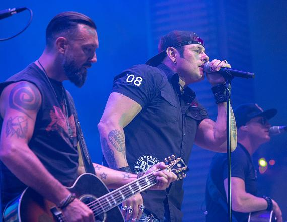 Daughtry Kicks Off M Resort Spa Casino's Summer Concert Series with Rocking Concert at M Pool