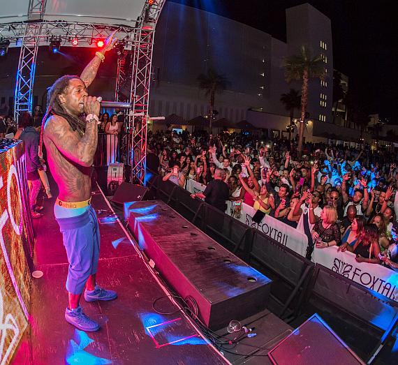 Lil Wayne performs to a packed crowd Foxtail Pool Club