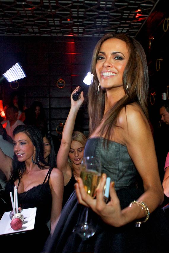 Miss Nevada Jade Kelsall celebrates her birthday at LAVO