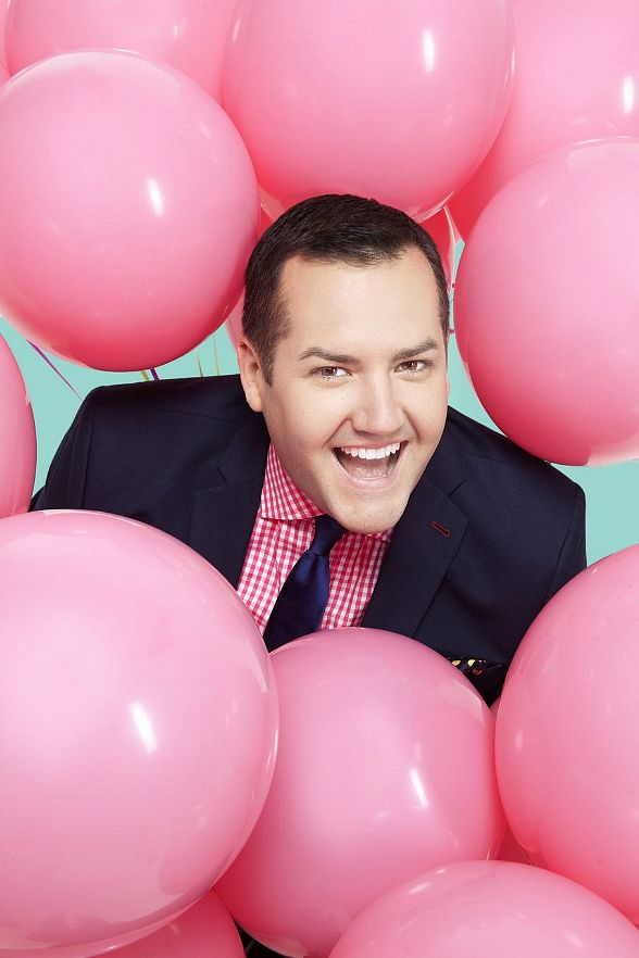 Television Personality Ross Mathews to Receive Qmmunity Advocate Award at The Center's Annual Honorarium Oct. 19