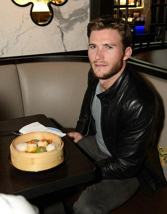 Scott Eastwood at  Hakkasan Las Vegas Restaurant