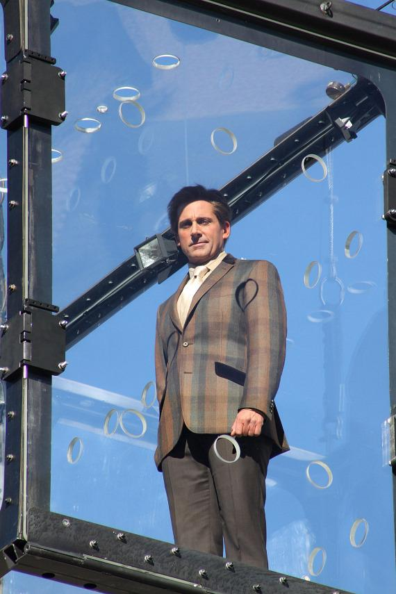 Steve Carell filming Burt Wonderstone in Las Vegas