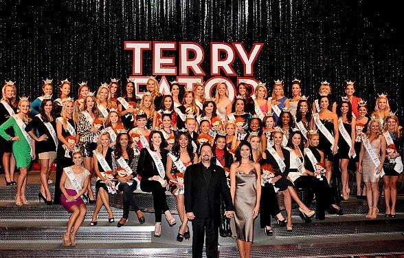 Terry Fator and Miss America Contestants