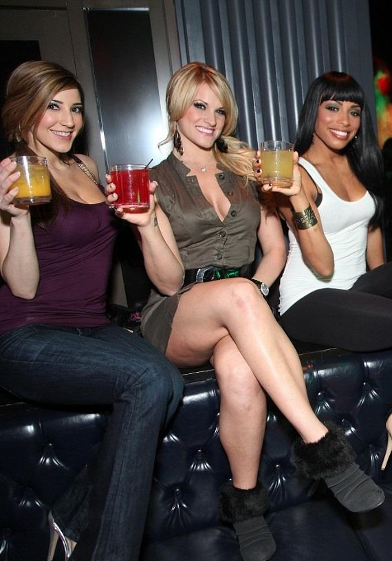 The FANTASY ladies toasting to the night out