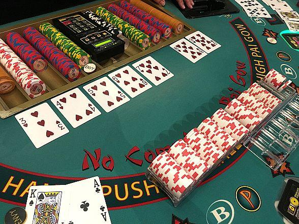 Eastside Cannery Visitor Scores $115,044 Playing EZ Pai Gow Poker