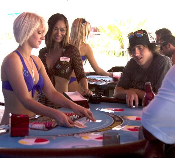 Stratosphere Brings Bikini Blackjack Poolside