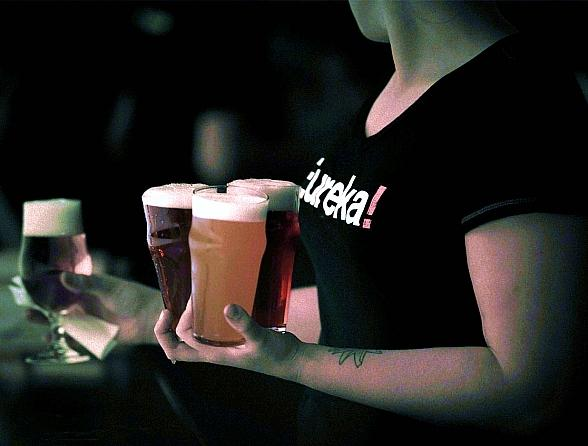 """Eureka! in Downtown Las Vegas Celebrates Local Craft Beers with """"Steal The Glass"""" Promotion"""