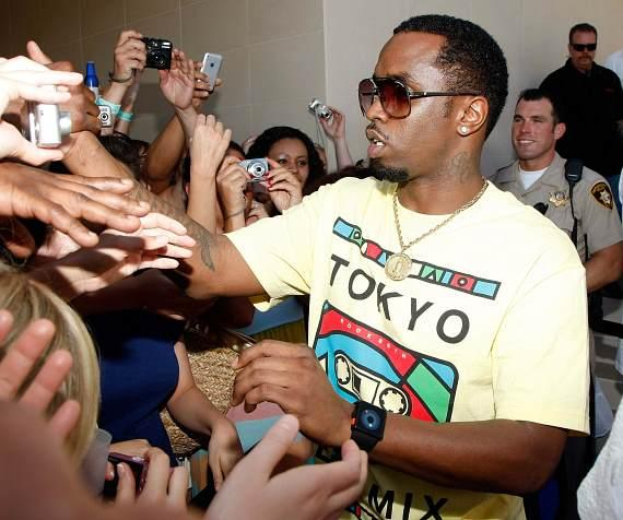 """Sean """"Diddy"""" Combs greets the crowd at WET REPUBLIC"""