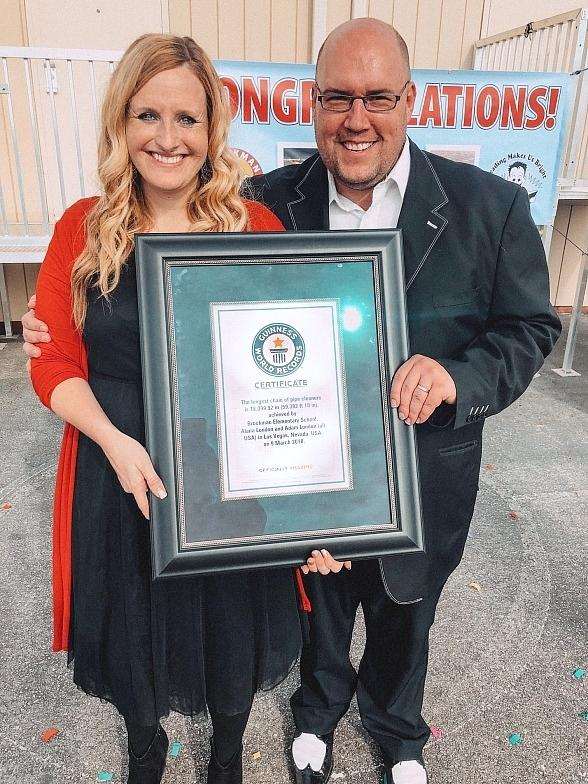 """Comedy-Magician Adam London's """"Laughternoon"""" Wraps up Its Year of Giving This Holiday Season and Breaks Guinness World Record"""